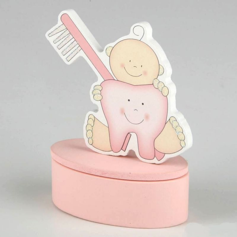 iman-bebe-cajita-rosa