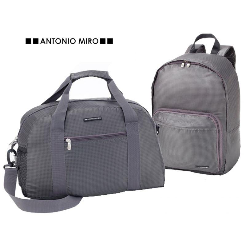 juego-de-mochila-y-bolsa-plegable-travel-antonio-miro