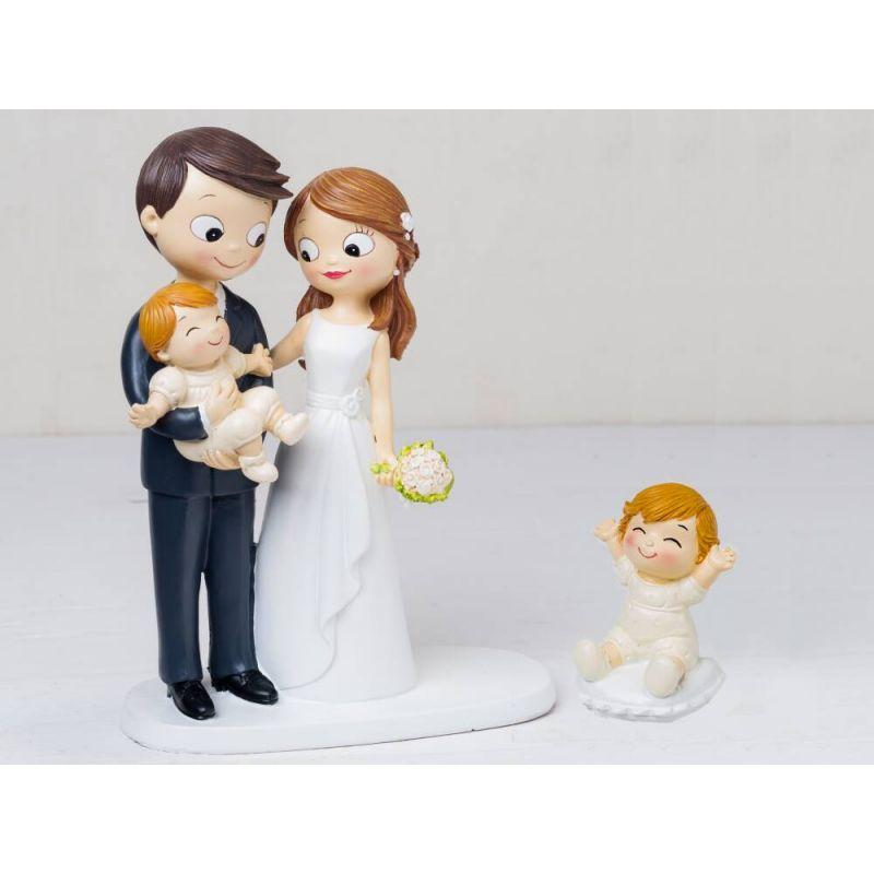 figura-novios-tarta-con-bebe-a-brazos-y-bebe-sentado-en-cojin